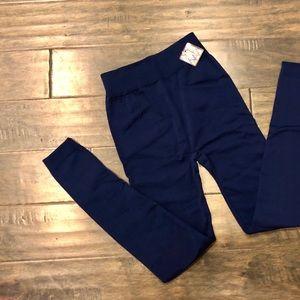 Pants - New NAVY 💪🏽 Leggings one Size XS-M